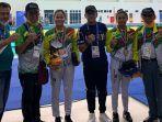 perenang-andalan-riau-azzahra-dan-vanessae-raih-medali-di-pon-papua-2021.jpg