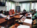 pertanyakan_naker_lokal_komisi_iii_dprd_pekanbaru_hearing_dengan_rs_syafira.jpg