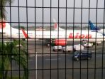 pesawat-lion-air-di-terminal-1-bandara-soekarno-hatta_20170202_223243.jpg