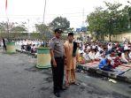 polresta-pekanbaru-amankan-salat-idul-adha-2018_20180822_161827.jpg