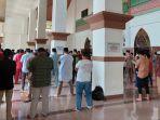 ppkm-level-4-di-siak-masjid-membludak-saat-sholat-jumat-satgas-covid-19-ikut-sholat-ini-faktanya.jpg
