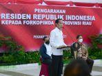 presiden-joko-widodo-dalam-kunjungan-kerja-ke-provinsi-riau-19-mei.jpg