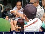 presiden-ri-jokowi-panggil-anak-anak-yang-ingin-berfoto-dengannya-paspamres-terpaksa-menarik-warga.jpg