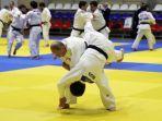 presiden-rusia-latihan-judo.jpg