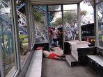 pria-ditemukan-meninggal-di-dalam-halte-bus-trans-metro-pekanbaru_20180208_130943.jpg