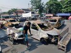 puing-mobil-sisa-terbakar-kerusuhan-2019.jpg