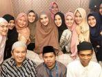 puluhan-seleb-indonesia-ikuti-kajian-bareng-ustadz-abdul-somad-dan-felix-siauw_20180604_082538.jpg