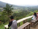 puncak-malalak-di-kabupaten-agam-kini-menjadi-destinasi-wisata-baru-di-sumatera-barat_20180116_164404.jpg