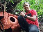 rafflesia-tuan-mudae-di-agam-sumbar.jpg