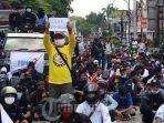 ratusan-buruh-yang-tergabung-dalam-federasi-serikat-pekerja-metal-indonesia-fspmi-tangerang-raya.jpg