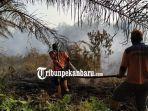ratusan-personil-gabungan-lakukan-pemadaman-kebakaran-hutan-dan-lahan-atau-karhutla-di-dumai.jpg