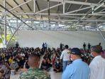 ratusan-warga-timor-leste-saat-dideportasi.jpg