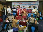 relawan-peduli-covid-19-riau-menggelar-acara-gerakan-1000-kantong-darah.jpg