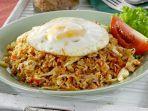 resep_nasi_goreng_kampung_ala_pedagang_tek_tek_yang_gampang_dibuat_untuk_sarapan.jpg