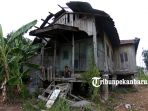 rumah-adat-melayu-rumah-tua-kecamatan-limapuluh_20180716_143204.jpg