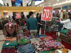 salah-satu-lokasi-bazar-mega-store-di-lantai-i-mal-pekanbaru.jpg