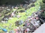 sampah-di-dalam-drainase1.jpg