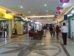sejumlah-gerai-handphone-di-mal-pekanbaru_20161122_210754.jpg