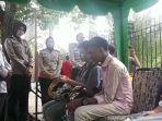 selain_ditilang_para_pelanggar_lalu_lintas_di_pekanbaru_juga_diceramahi_ustaz.jpg