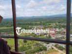 sensasi-berswafoto-di-ketinggian-99-meter-wisatawan-kunjungi-masjid-agung-islamic-center-rohul-riau.jpg