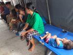 seorang-balita-korban-banjir-di-kelurahan-bumi-ayu-kecamatan-dumai-selatan_20181017_083136.jpg