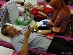 serikat_pekerja_semen_padang_donorkan_242_kantong_darah_ke_pmi.jpg