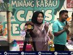 story-kisah-cewek-cantik-asal-pekanbaru-pecinta-kucing-wilda-jadikan-kucing-bagai-keluarga.jpg