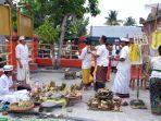 suasana-upacara-tawur-kesanga-di-pura-agung-jagatnatha-kota-pekanbaru.jpg