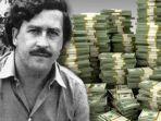 sudah-mati-27-tahun-lalu-tapi-uangnya-miliaran-bos-narkoba-sadis-ini-masih-banyak-berserakan.jpg