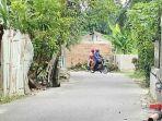 tembok-halangi-jalan-pekanbaru.jpg