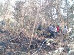 tim-gabungan-pemadaman-karhutla-kebakaran-hutan-dumai_20180221_135646.jpg