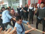 transmart-carrefour-pekanbaru-permainan-rakyat-hut-kemerdekaan-ri_20180817_111525.jpg