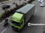 truk-tonase-besar-masuk-kota-jalan-protokol_20180904_150917.jpg