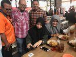 tukar-10-poin-telkomsel-dapat-potongan-harga-di-sambal-minyak-jengkol-resto-pekanbaru_20181025_083354.jpg