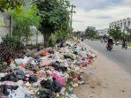 tumpukan-sampah-di-hang-tuah-pekanbaru-8-januari-2021.jpg