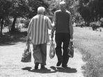 uang-kakek-nenek-hilang-rp-159-juta.jpg