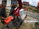uji-terap-traktor-tangan-menggunakan-lpg-bright-gas-pertamina-di-riau-science-techno-park_20181105_175120.jpg