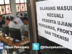 ujian-nasional-cbt-di-sman-8-pekanbaru-1_20150413_183101.jpg
