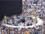 umat-muslim-melaksanakan-tawaf-di-kabah.jpg