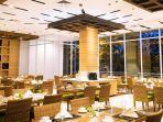 vidi_resto_di_lobi_ayola_first_point_hotel.jpg