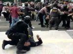 viral-polisi-smackdown-mahasiswa-hingga-kejang-kejang.jpg