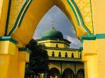 waktu-makan-sahur-dan-waktu-imsak-17-ramadhan-waktu-berbuka-17-ramadhan-2021-untuk-daerah-pekanbaru.jpg