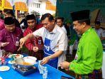 walikota-pekanbaru-firdaus-ikut-lomba-memasak-mie-sagu-muhammad-jamil-filosofi-memasak-melayani.jpg