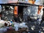 warga-nagorno-karabakh-bakar-rumah-mereka-sendiri.jpg