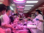 warga-wuhan-provinsi-hubei-china-tengah-membeli-bahan-kebutuhan.jpg