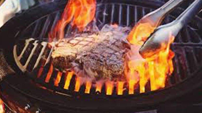 10 Dampak Buruk Kebanyakan Makan Daging dan Cara Menurunkan Kolesterol Setelah Mengonsumsi Daging