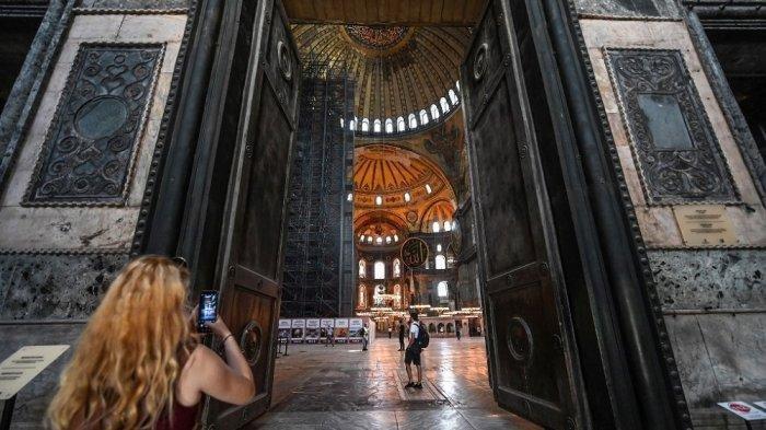 PENAMPAKAN Bangunan Usia 1.500 Tahun Hagia Sophia, Museum di Turki Awalnya Katedral Kini Jadi Masjid