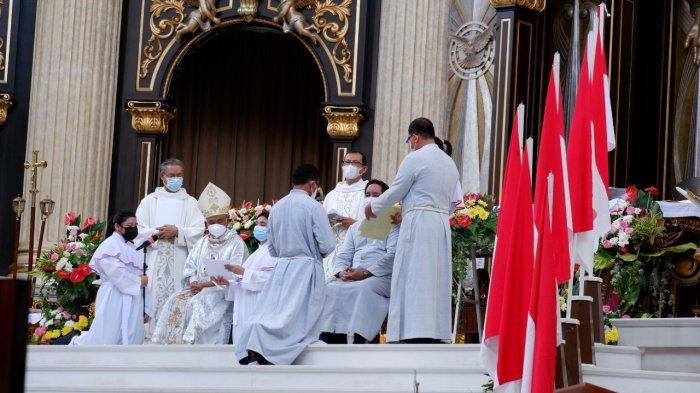 Uskup Agung Pontianak Mgr Agustinus Persembahkan Misa Perayaan Hidup Membiara Bruder MTB