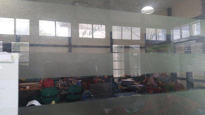 13 Orang Laki-laki dan Perempuan Diciduk Satpol PP Kedapatan Ngamar Bareng, Satu Kamar 5 Orang