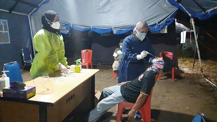 Hari Ketiga Penyekatan di Sintang, 439 Orang Diswab Antigen, 7 Pelaku Perjalanan Positif Diisolasi